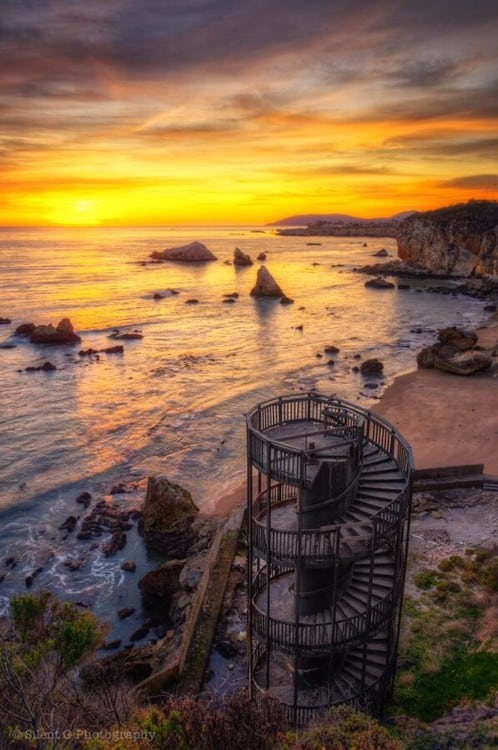 Staircase to nowhere, Pismo Beach, California