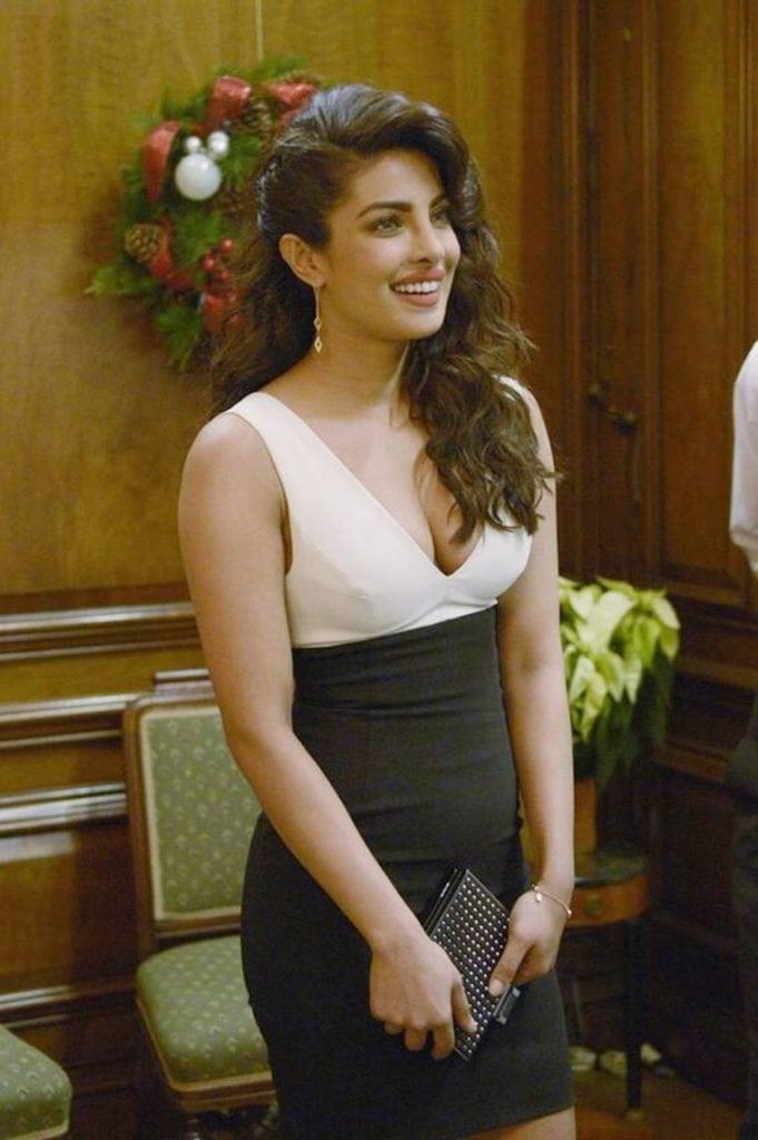 Priyanka Chopra Hot Sexy Hd Photo