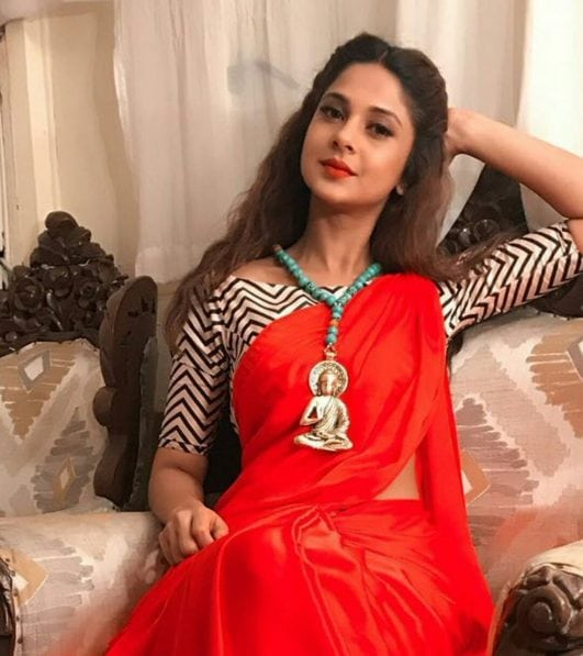 32 Hot & Sexy Jennifer Winget Photos Bio,Wiki,Height The