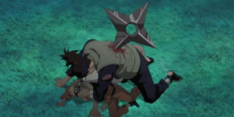 Iruka sensei saves Naruto in episode 1 of naruto anime (1)